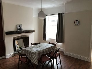 Serviced Accomodation close to Major North West Cites Manchester & Liverpool