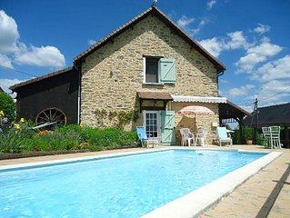 Villa en pierres 8 personnes  - piscine privee - terrasse sud