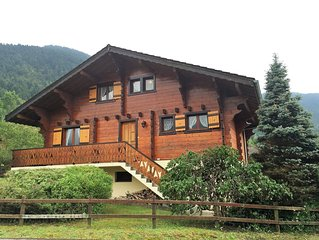 Spacious Savoyard Chalet for Winter Ski/Summer Sun, Great for Families & Friends