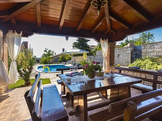 NEW!! VILLA ROY  WITH PRIVATE POLL IN CENTRAL    ISTRIA - LAST MINUTE