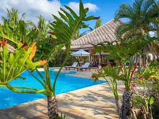New for rent: Holiday Beachfront Villa Lovina Beach, FREE breakfast!