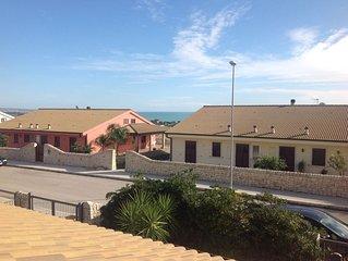 Elegante villa con giardino e piscina privata