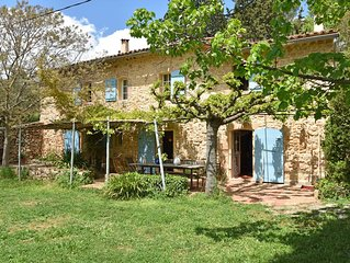 Upbeat farmhouse in Draguignan with terrace and garden with seating and barbecue