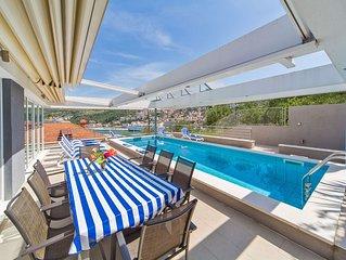 Villa Ancora With Private Pool And Sea View