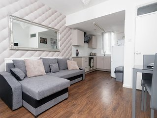 Smart One Bed apartment - Spencer House