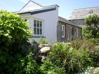 Character Cottage - 500 yards to the sea