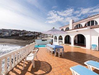 Villa Coki Beach Deluxe with terrace, BBQ, sauna & private swimming pool