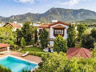 Luxurious, 3-bedroom Bellapais villa, mountain & sea views, amazing reviews