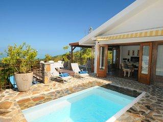 A Rodrigues,maison neuve sur une grande propriete clos,piscine privee