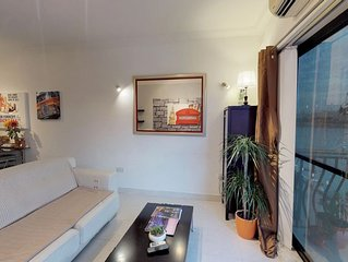Spinola Bay, St Julians - Prime SEAFRONT location