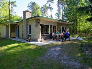 Single storey bungalow with a fireplace, not far from Assen