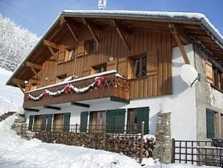 Spacious Old Farm with great views over Les Gets, holiday rental in La Cote-d'Arbroz