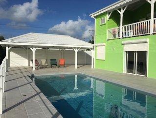 Villa 10 personnes climatisée, Grande piscine, Studio indépendant