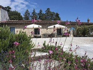 Close to Florence, Jacuzzi & Breathtaking View - Casa per 7 persone a Carmignano