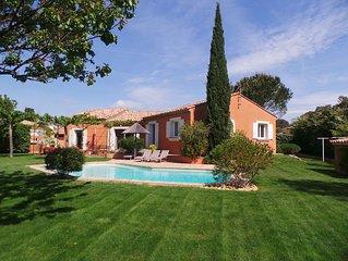 Villa avec piscine au calme - Cadre verdoyant - Proche Hyères
