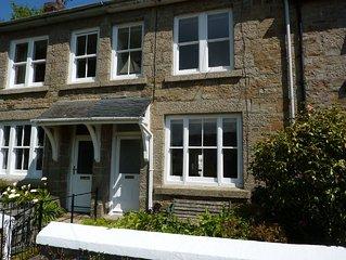 Pretty Victorian Cottage in village of Gulval, walking distance to Penzance