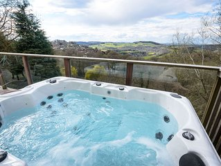 Wye Valley Forest Retreat: Secluded Cottage which sleeps six & dogs very welcome