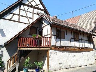 Typique Maisonnette de charme de 1719 proche Colmar au cœur du vignoble