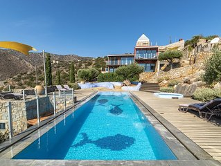 Exclusive villa private pool terraced garden, seaviews 10 mins. drive from beach