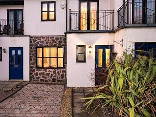 10 Afon y Felin - Three Bedroom House, Sleeps 6
