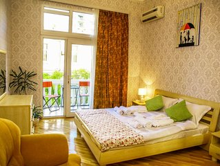 Live INN Boulevard and Nizami TERRACE apartment / FREE*transfer