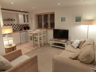 Cosy one bedroom flat with riverviews in Kingswear overlooking Dartmouth