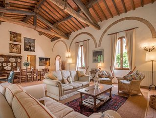 Cortile del Pozzo is a beautiful family home sleeping 8 with private garden.