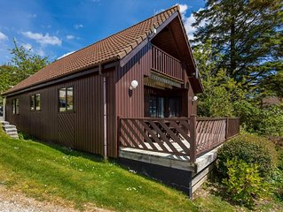 E22 - Puffin Lodge, Situated in Portscatho, Cornwall