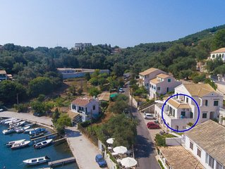 Theophilos 2: Walk to Beach, Sea Views, A/C, WiFi, Car Not Required