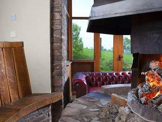 Cwmcynwyn Farm Barn - Four Bedroom House, Sleeps 14