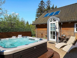 Contemporary Holiday Home in Falster with Jacuzzi
