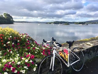 Dungarvan Town Centre , Close to Waterford Greenway Holiday Home Sleeps 14