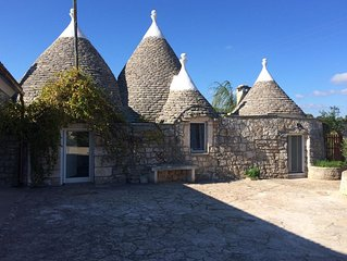 Beautiful Trullo and Villa set in picturesque countryside location