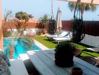Casa Anita , muy cerca del mar con diving , golf y parque natural muy cerca.