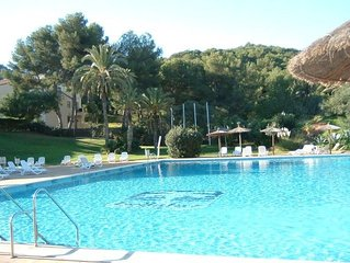 A delightful Bellaluz apartment in a great location overlooking swimming pool