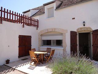 Village House Surrounded by Vineyards and Just 5 Minutes Walk from Main Square