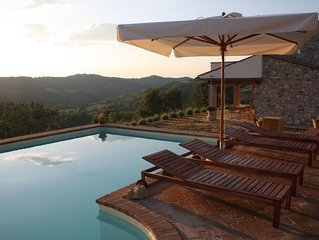 Country house in Umbria with private pool for family holiday or romantic stay