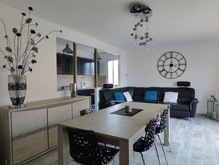 Appartement 85m², vue mer, entièrement rénové, animaux accepté, mer à 50 m