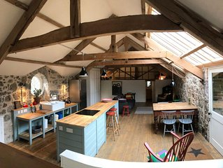 Stunning,  historic two bedroom Barn with private garden on Dartmoor