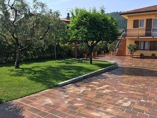 Casa dei Limoni in posizione Tranquilla vicino al centro di Garda