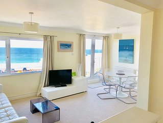 ST IVES, SURF'S UP, 6 OCEAN BREEZE PENTHOUSE APART. JAW DROPPING  VIEWS (GARAGE)