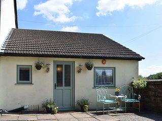 2 bedroom accommodation in Tidenham, near Lydney