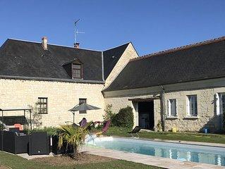 Belle longère du XIX siècle avec piscine chauffée et cheminée