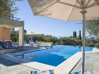 Villa with Free use of Speed Boat | Contemporary & Modern | GOUVIA