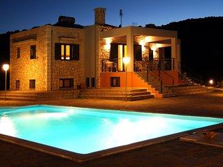'Savanas' Luxury Villa Apartment