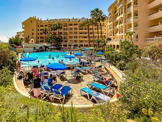 Nice studio with heated pool view in 'Castle Harbour', Los Cristianos, Tenerife