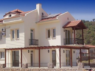 PRIVATE & SECLUDED DETACHED 4 BED VILLA PRIVATE POOL, 2X ENSUITE, NOT ON COMPLEX