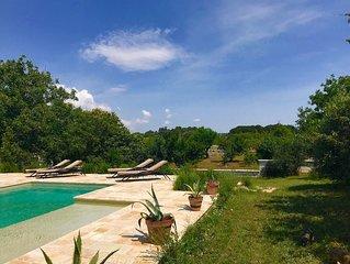 Exquisite Luxury 5 Bedroom Villa - Large Salt Swimming Pool
