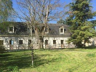 Beau cottage jardin duplex avec terrasse piscine Azay le rideau