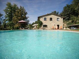 Grande appartamento con 2 camere e piscina